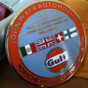 Porsche Gulf badge